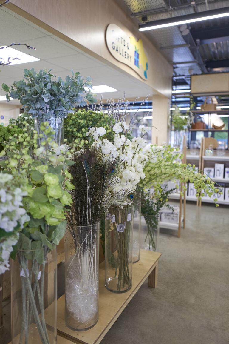 artificial, faux flowers