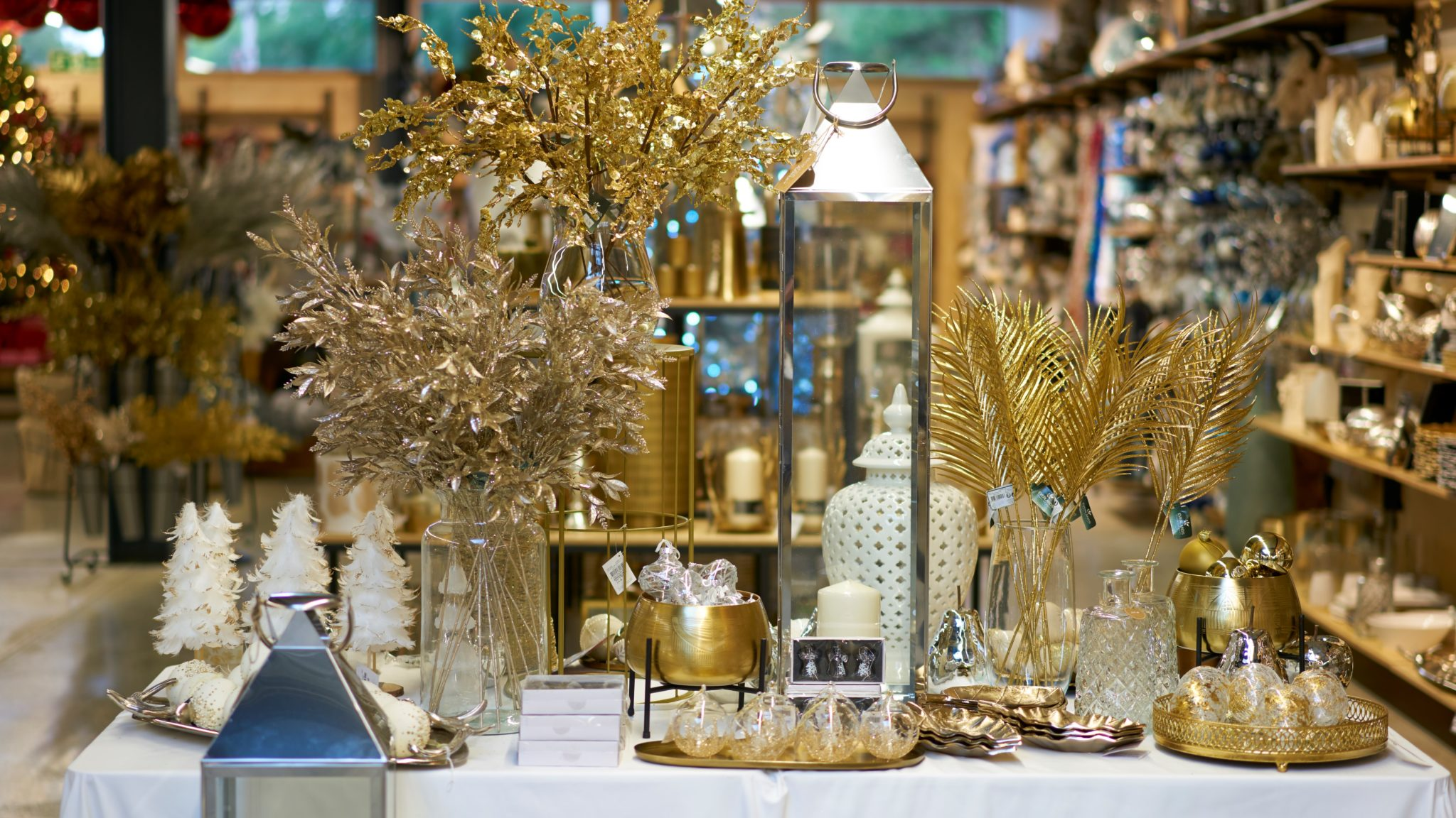 Bright Luxury Decorations